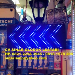Lampu Blue Arrow Pattern LED